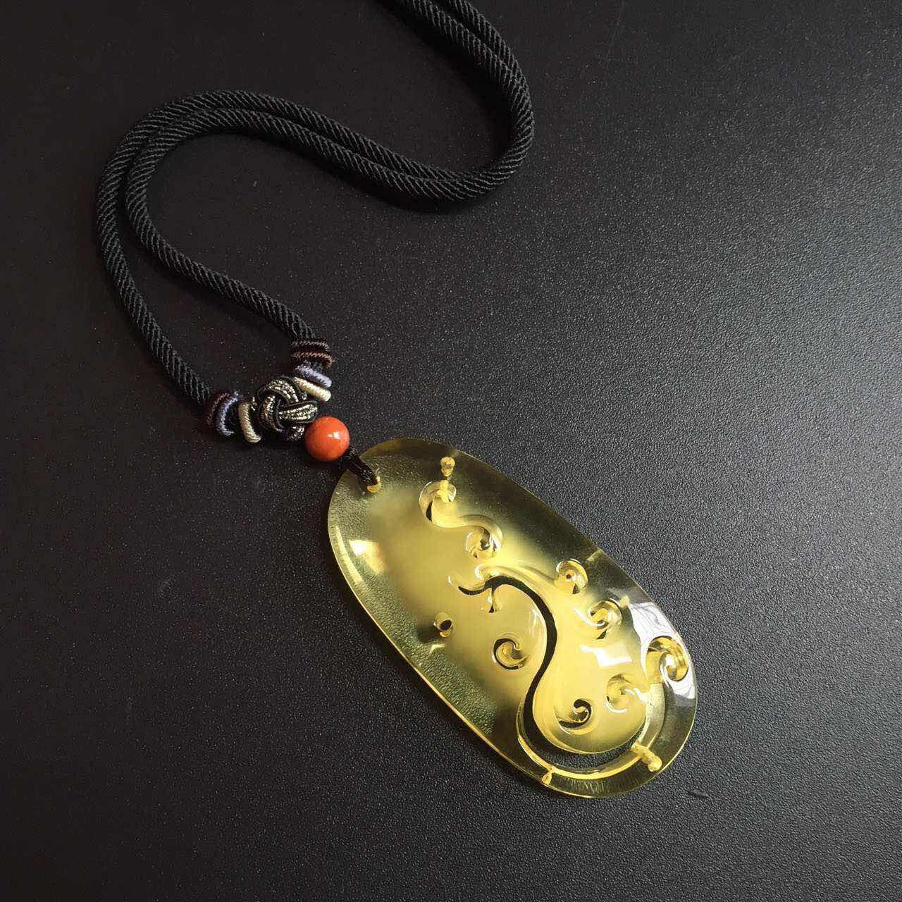 这是第5张天然翡翠玉石,和田玉,琥珀蜜蜡厂家招代理的货源图片